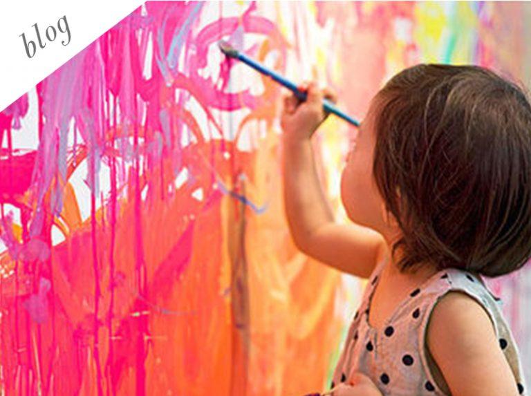Πως να διδάξετε στα παιδιά να ενδιαφέρονται για την τέχνη στο blog του Εικαστικού Κύκλου Sianti